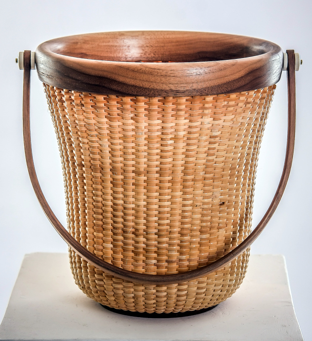 Flower Pot Basket in the Delaware by Hand Master Exhibition